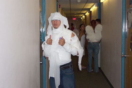 mummy costume, using toilet paper
