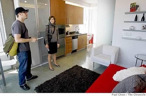 small apartment, price per square foot