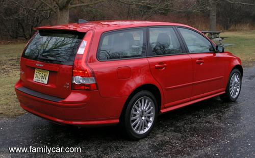 volvo v50 sportswagon car back